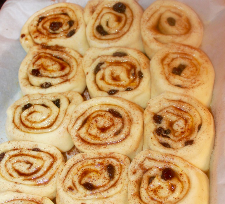 How to make cinnamon rolls  #cinnamon rolls #homemadecinnamon rolls #southernlove#southernrecipes